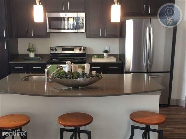 2 Bedrooms, Grogan's Mill Rental in Houston for $1,420 - Photo 1