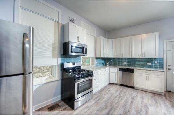 3 Bedrooms, Noble Square Rental in Chicago, IL for $2,400 - Photo 2