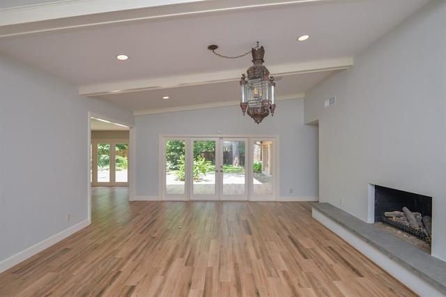 4 Bedrooms, Smithdale Court Rental in Houston for $6,250 - Photo 2