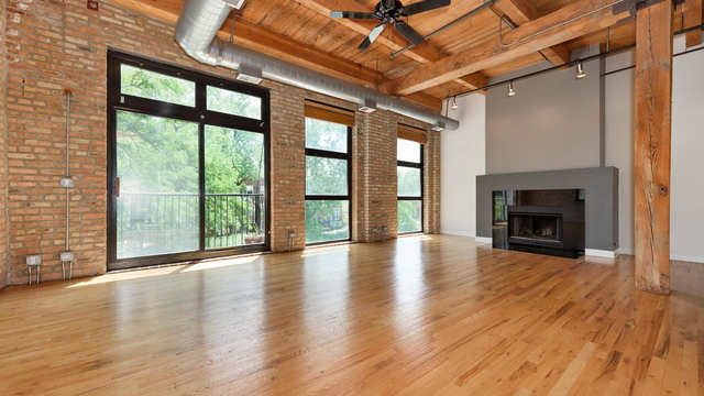 2 Bedrooms, West Town Rental in Chicago, IL for $3,100 - Photo 2