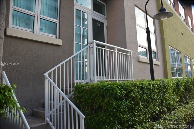 2 Bedrooms, Media and Entertainment District Rental in Miami, FL for $2,550 - Photo 1