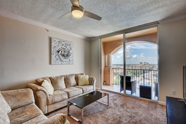 2 Bedrooms, Courtyards in Cityplace Condominiums Rental in Miami, FL for $2,000 - Photo 1