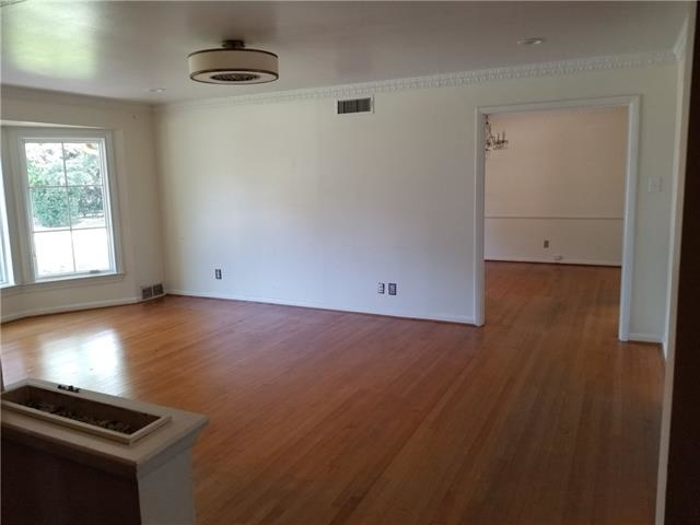 3 Bedrooms, Hillcrest Forest Rental in Dallas for $2,800 - Photo 2