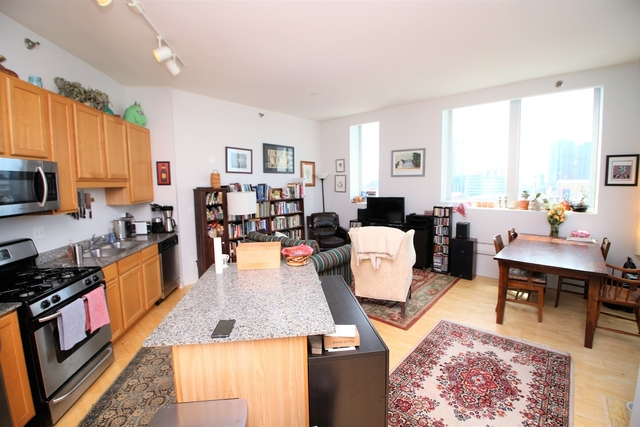 1 Bedroom, Prairie District Rental in Chicago, IL for $1,945 - Photo 2
