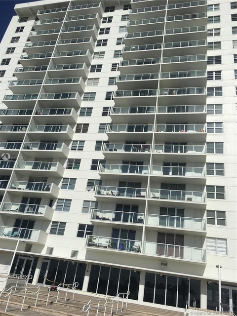 1 Bedroom, Oceanfront Rental in Miami, FL for $1,750 - Photo 2