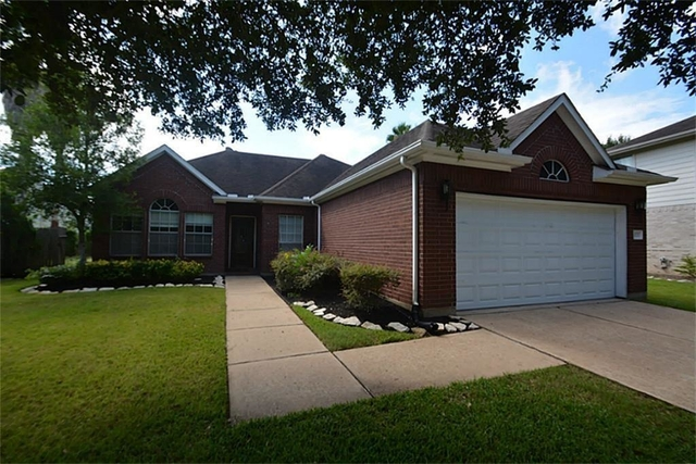 3 Bedrooms, New Territory Rental in Houston for $1,650 - Photo 2