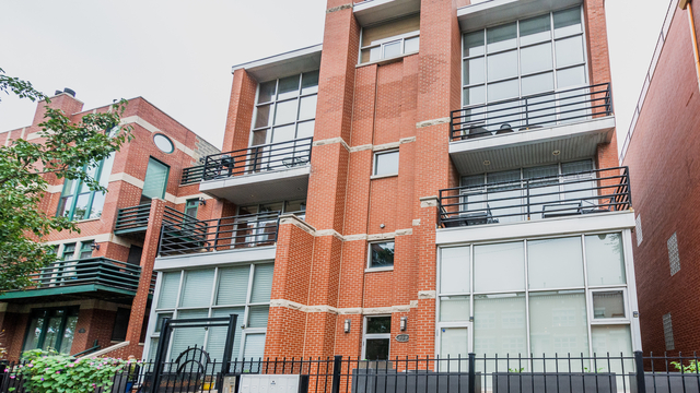 3 Bedrooms, River West Rental in Chicago, IL for $3,200 - Photo 1