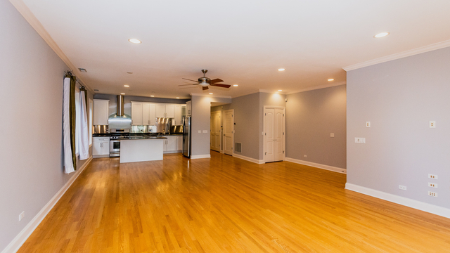 3 Bedrooms, River West Rental in Chicago, IL for $3,200 - Photo 2