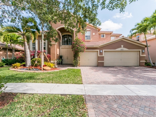 5 Bedrooms, Isles at Weston Rental in Miami, FL for $4,500 - Photo 1