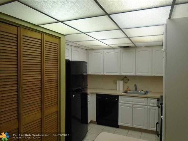 3 Bedrooms, Park City Rental in Miami, FL for $1,850 - Photo 2