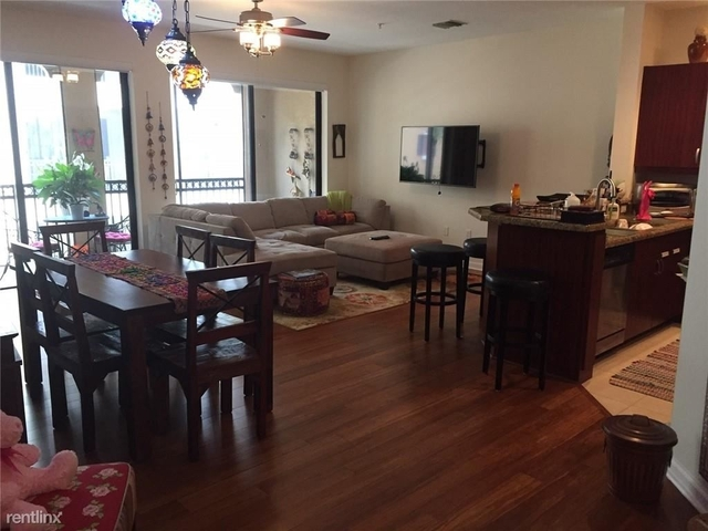 2 Bedrooms, Sawgrass Lakes Rental in Miami, FL for $2,200 - Photo 2