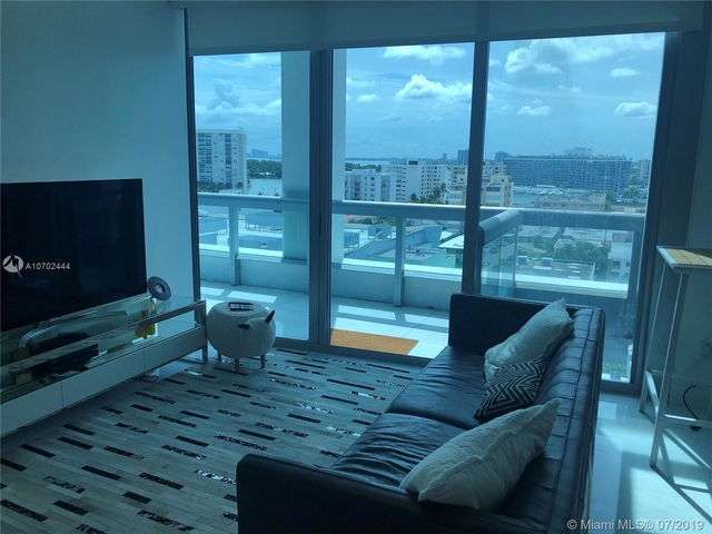 2 Bedrooms, Atlantic Heights Rental in Miami, FL for $6,200 - Photo 2