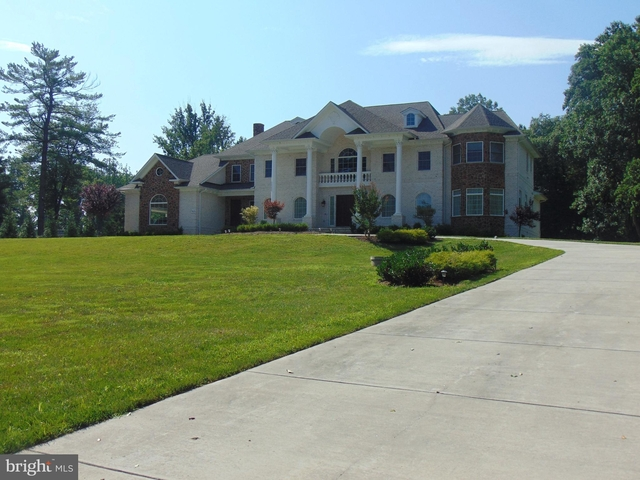 7 Bedrooms, Fairfax County Rental in Washington, DC for $13,000 - Photo 1