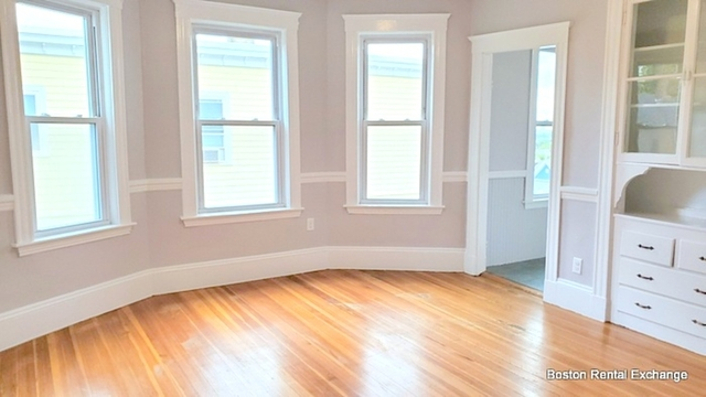 3 Bedrooms, Spring Hill Rental in Boston, MA for $2,700 - Photo 2