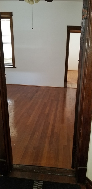 2 Bedrooms, Ukrainian Village Rental in Chicago, IL for $1,800 - Photo 2