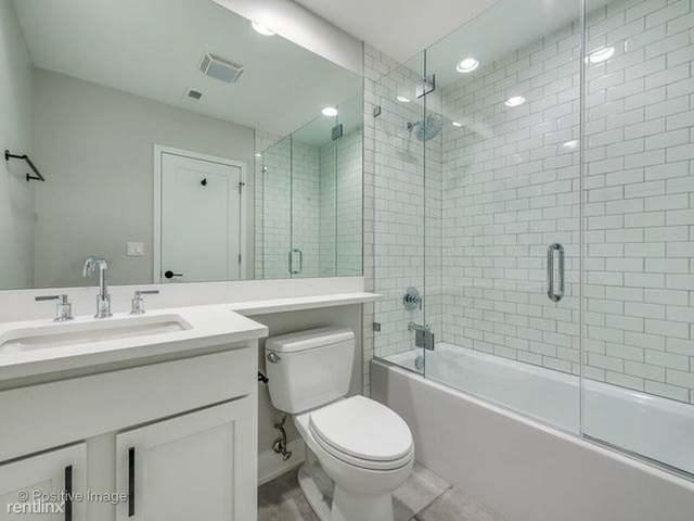 4 Bedrooms, Wrightwood Rental in Chicago, IL for $3,995 - Photo 1