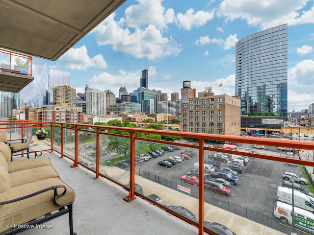 2 Bedrooms, Fulton Market Rental in Chicago, IL for $3,400 - Photo 2