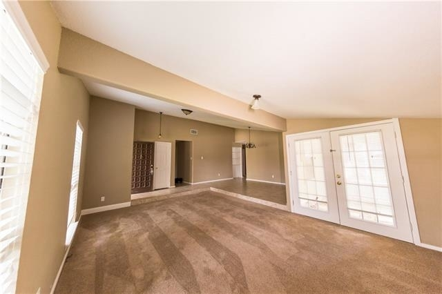 3 Bedrooms, The Colony Rental in Dallas for $1,895 - Photo 2