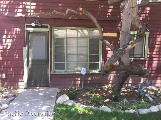 1 Bedroom, College Park Rental in Los Angeles, CA for $1,150 - Photo 2