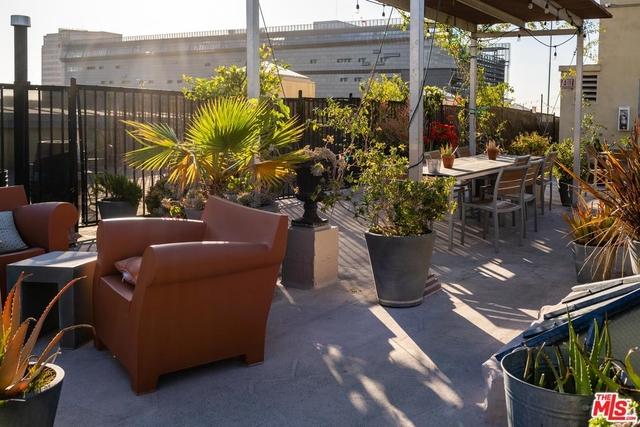 Studio, Gallery Row Rental in Los Angeles, CA for $2,695 - Photo 2