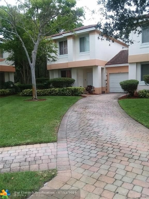 3 Bedrooms, Hidden Cove Condominiums Rental in Miami, FL for $2,425 - Photo 1