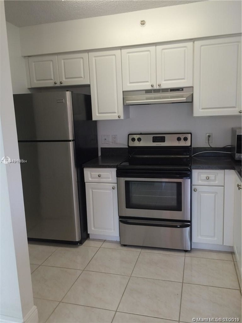 1 Bedroom, St. Andrews at Miramar Rental in Miami, FL for $1,399 - Photo 1