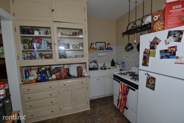 1 Bedroom, North Center Rental in Chicago, IL for $1,275 - Photo 2