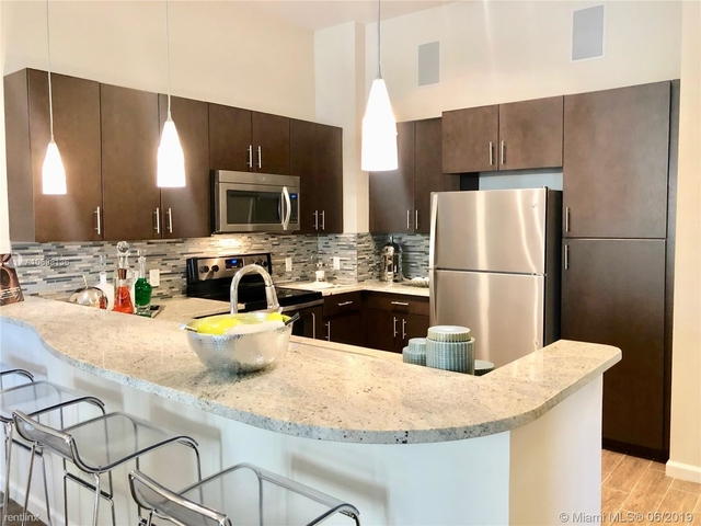 1 Bedroom, Industrial Section Rental in Miami, FL for $1,820 - Photo 2