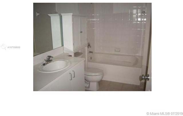 1 Bedroom, Courtyards in Cityplace Condominiums Rental in Miami, FL for $1,500 - Photo 2