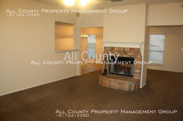 3 Bedrooms, Downtown Fort Worth Rental in Dallas for $1,550 - Photo 2