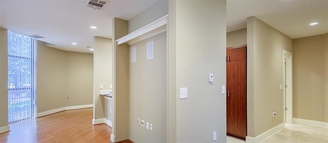 2 Bedrooms, Uptown Rental in Dallas for $2,208 - Photo 2