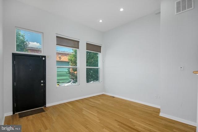 3 Bedrooms, Northern Liberties - Fishtown Rental in Philadelphia, PA for $2,800 - Photo 2