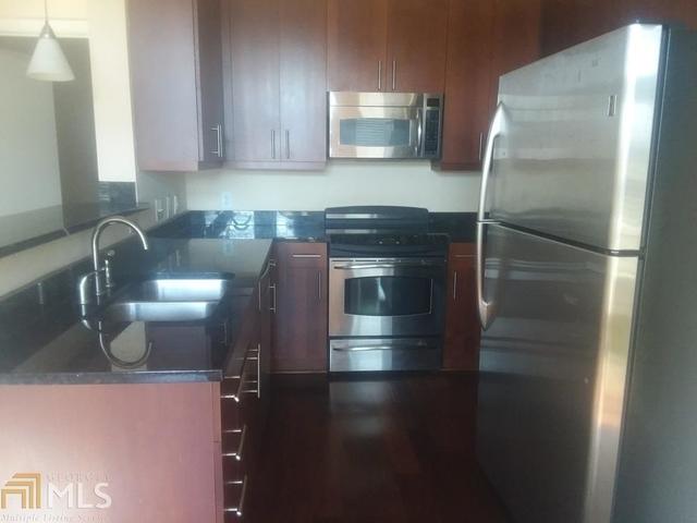 2 Bedrooms, Castleberry Hill Rental in Atlanta, GA for $1,700 - Photo 2