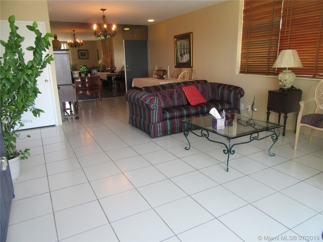 1 Bedroom, Bay Park Towers Rental in Miami, FL for $1,600 - Photo 2