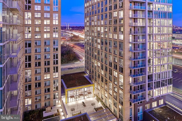 3 Bedrooms, Crystal City Shops Rental in Washington, DC for $11,183 - Photo 1