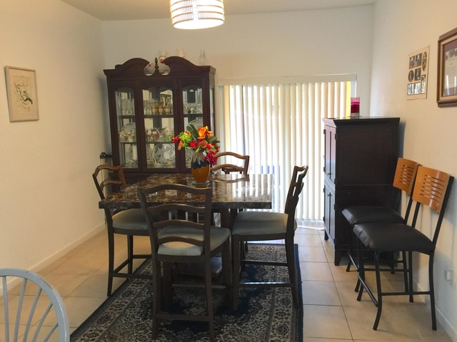 3 Bedrooms, Lauderdale Lakes Rental in Miami, FL for $2,100 - Photo 2