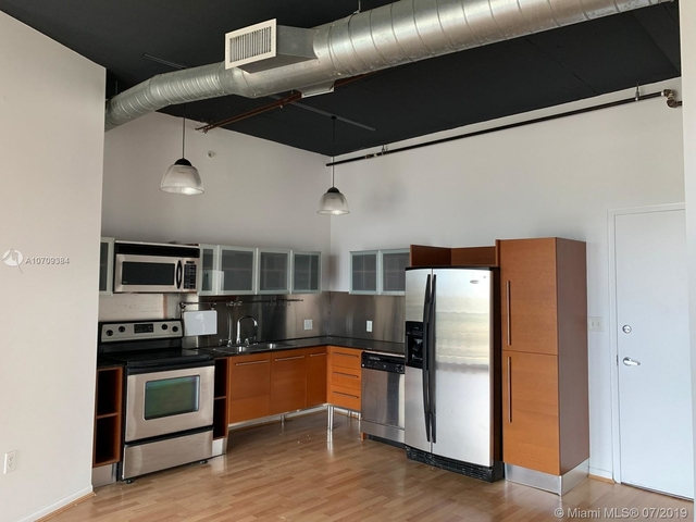 2 Bedrooms, East Little Havana Rental in Miami, FL for $1,950 - Photo 2