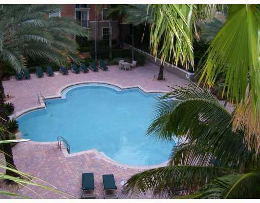 2 Bedrooms, Courtyards in Cityplace Condominiums Rental in Miami, FL for $2,200 - Photo 2