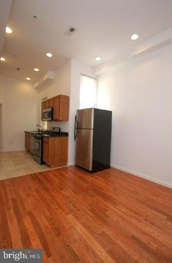 2 Bedrooms, Avenue of the Arts North Rental in Philadelphia, PA for $1,300 - Photo 2