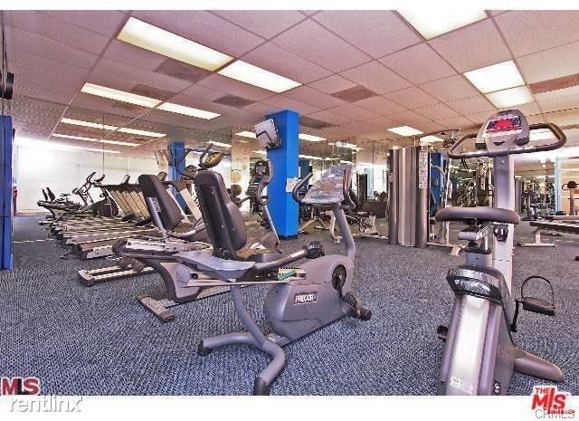 2 Bedrooms, Westwood Rental in Los Angeles, CA for $4,480 - Photo 2