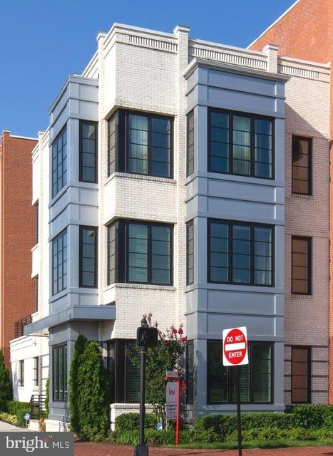 3 Bedrooms, Potomac Yard - Potomac Greens Rental in Washington, DC for $5,399 - Photo 1