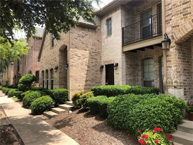 2 Bedrooms, Bella Casa Rental in Dallas for $1,795 - Photo 2