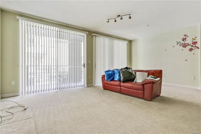 2 Bedrooms, Arts District Rental in Los Angeles, CA for $3,000 - Photo 2