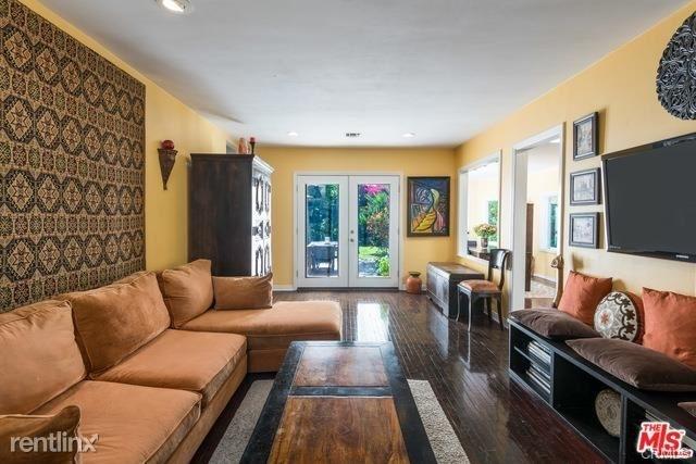 3 Bedrooms, Van Nuys Rental in Los Angeles, CA for $4,500 - Photo 2