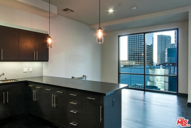 1 Bedroom, Financial District Rental in Los Angeles, CA for $2,300 - Photo 1