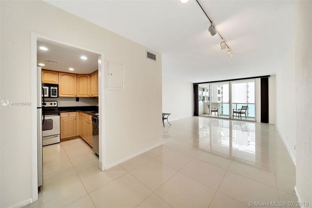 1 Bedroom, West Avenue Rental in Miami, FL for $2,350 - Photo 2