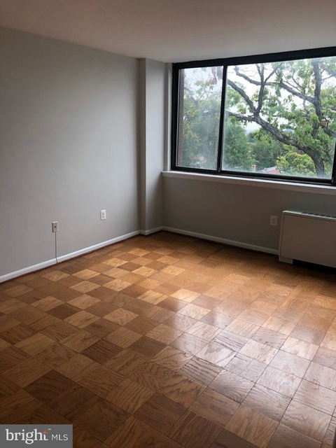 2 Bedrooms, Waverly Hills Rental in Washington, DC for $2,000 - Photo 2