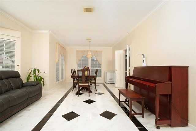 4 Bedrooms, Lakefield Rental in Houston for $2,100 - Photo 1