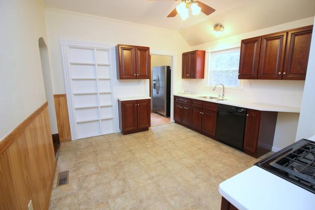 2 Bedrooms, Washington Square Rental in Boston, MA for $2,450 - Photo 2