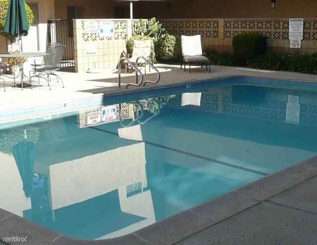 2 Bedrooms, Sherman Oaks Rental in Los Angeles, CA for $2,395 - Photo 1